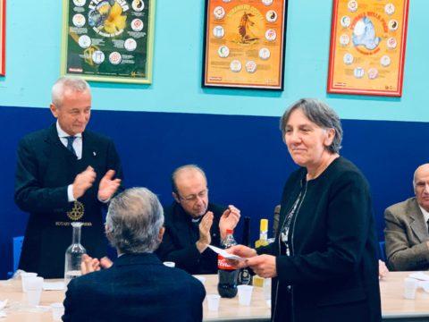 """Visita alla """"Mensa della Fraternità""""della Caritas di Parma presenti mons. Enrico SOLMI vescovo di Parma e la dr.ssa Maria Cecilia SCAFFARDI presidente della Caritas Diocesana. – Mercoledì 6 Novembre 2019."""