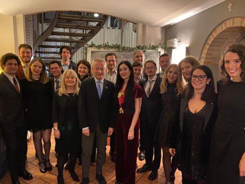 Saluto del Prof. Riccardo VOLPI, presidente del Rotary Club di Parma, ai giovani del Rotaract in occasione della loro festa degli Auguri- 22 dicembre 2019.